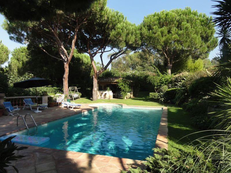Les salins maison proven ale avec piscine magnifique for Salins les thermes piscine